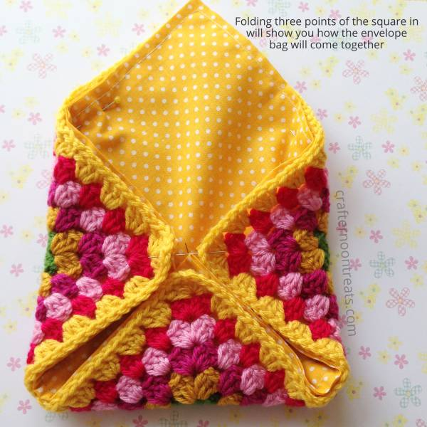 How the crochet envelope bag will come together - free tutorial crafternoontreats.com